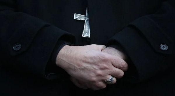 Jesuitas en España reconocen abusos sexuales contra menores