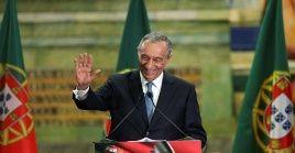 Desde que asumió como jefe de Estado desde hace cinco años, Rebelo de Sousa mantiene una alta popularidad y la coalición con fuerzas políticas de centro izquierda y centro derecha.