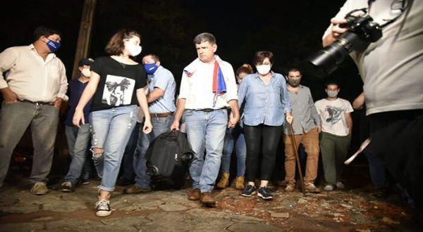 Opositor paraguayo Efraín Alegre ingresa a cárcel policial | Noticias |  teleSUR