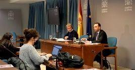 España ha comenzado su campaña de vacunación, aunque todavía no ceden los datos de la expansión de la pandemia.