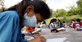 Los dos diálogos mundiales sobre la educación de las adolescentes está organizado en colaboración con la UNESCO