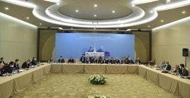 El comunicado oficialrechazala injerencia de EE.UU. que, bajo la excusa de la lucha contra el terrorismo, se expropia del petróleo sirio.