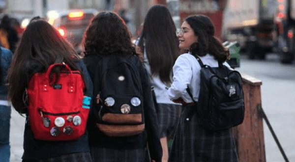 Chile inicia este lunes clases presenciales pese a rechazo