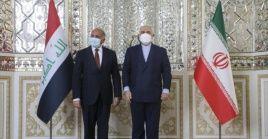 Irán condenó el viernes el ataque estadounidense a Siria y denunció que Washington está bailando al son de Israel.