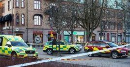 Las autoridades desconocen el móvil del ataque, pero se considera la probabilidad de que sea un acto terrorista.