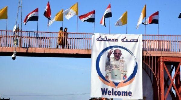 """Papa Francisco dice que visitará Irak como """"peregrino de paz"""""""