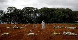 La cifra de 1.699 personas fue el registro de los fallecimientos por Covid-19 en Brasil este jueves.