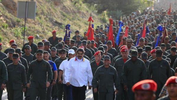 """El jefe de Estado dijo que ordenó """"a nuestra gloriosa Fuerza Armada Nacional Bolivariana (FANB) poner en marcha el Ejercicio Escudo Bolivariano."""
