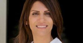 Dalal es profesora adjunta y vicepresidenta de Relaciones Internacionales en la Universidad Árabe Americana de Palestina.