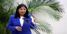 """De los 7.277 casos activos que se registran en el país, """"un tercio de ellos están en Caracas"""", anunció la vicepresidenta ejecutiva, Delcy Rodríguez."""