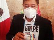 El presidente boliviano Luis Arce recibió una copia del documental durante su reciente visita a México.