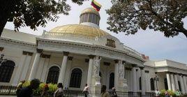 El presidente del Parlamento venezolano indicó que están suspendidas todas las actividades en el recinto legislativo.