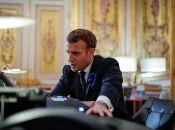 Macron dispuso la semana anterior el tercer confinamiento nacional en un año en Francia debido al repunto de casos de Covid-19.