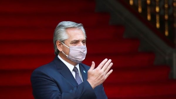 Los médicos del presidente Alberto Fernández confirmaron que sus síntomas son leves gracias a los efectos de Sputnik-V.