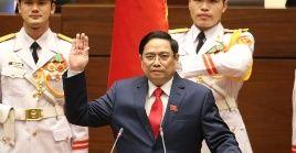 Pham Minh Chinh sustituye en el cargo a Nguyen Xuan Phuc, a quien el Parlamento vietnamitaeligió en esta jornadacomo presidente del país.