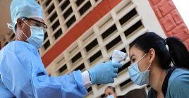 Tras una ligera baja en los contagios en la jornada anterior, el país vuelve a sobrepasar los 1.000 casos.