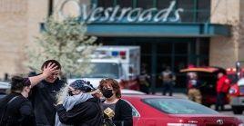 Las familias que visitaban la tienda Westroads Mall, en Omaha, vivieron momentos de pánico durante el tiroteo del sábado.