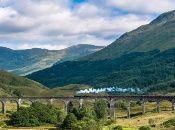 El viaje de cerca de dos horas entre Fort William y Mallaig atraviesa la zona occidental de las llamadas Tierras Altas de Escocia.