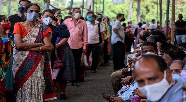 India reporta nueva marca mundial de casos diarios de coronavirus