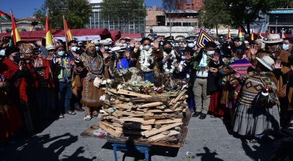 Bolivia celebra Día de Madre Tierra con encuentro internacional