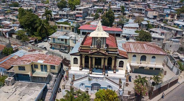 Liberan en Haití a tres de los siete religiosos secuestrados