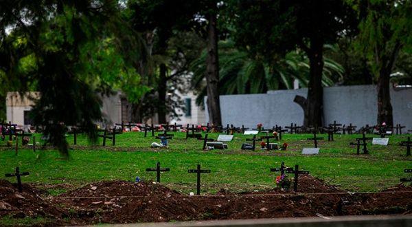 Argentina marca cifra récord de decesos diarios por coronavirus