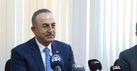 """Rechazamos completamente esta declaración basada únicamente en el populismo"""", dijo el canciller turco."""