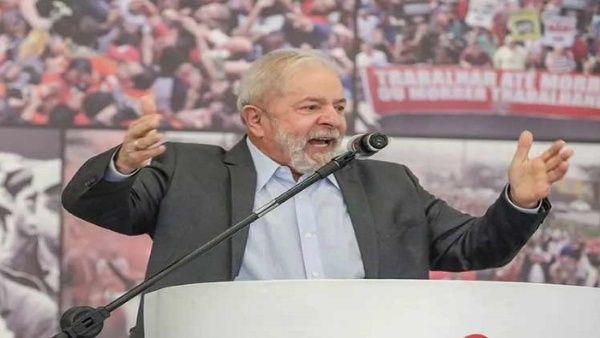 El fundador del PT se reúne con políticos y dirigentes de fuerzas políticas de diversas tendencias.