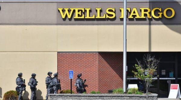 Negocian en EE.UU. liberación de rehenes en asalto a banco