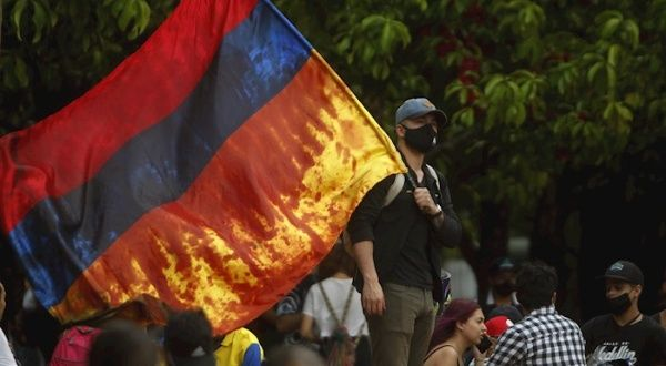 Reportan 1.773 casos de violencia policial durante protestas en Colombia