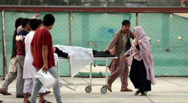 Sube a 58 cifra de muertos por atentado en Kabul, Afganistán