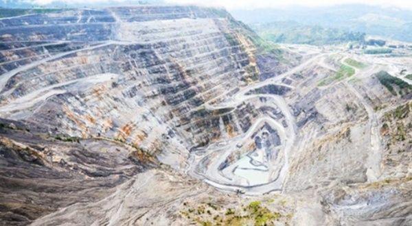 Derrumbe en mina de oro en Guinea deja 15 muertos
