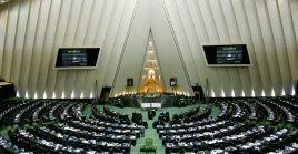 Frente a la pretensión de EE.UU. de exigir más responsabilidades a Irán, Baqer Qalibaf acotó que el bloqueo debe levantarse por completo.