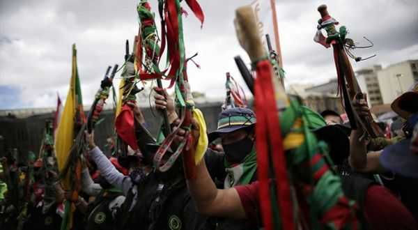 Minga indígena es atacada a balazos cuando acompañaba movilizaciones en Cali, Colombia