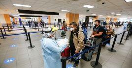 Es necesario recordar que el Gobierno peruano suspendió a mitad de diciembre de 2020 vuelos procedentes deReino Unido y Sudáfrica.