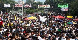 A pesar de la represión, se mantienen las manifestaciones en Colombia en contra de las políticas neoliberales de Iván Duque.