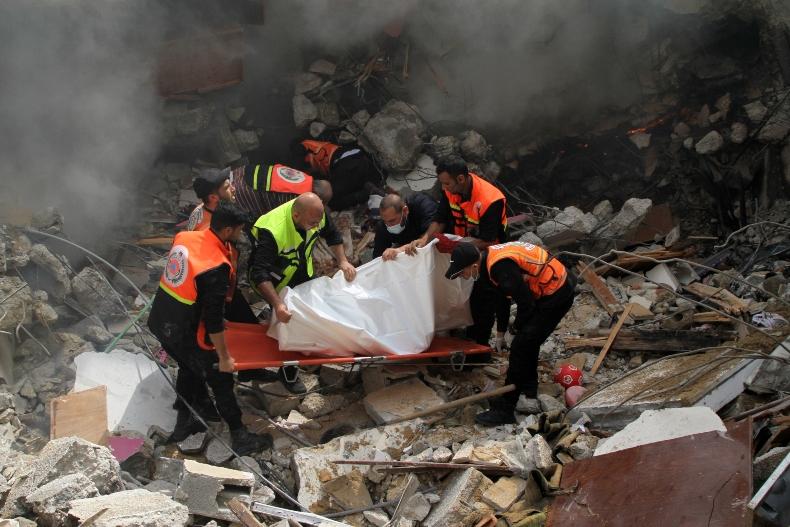 El Ministerio de Salud palestino informó que el número de muertos por las agresiones israelíes sobrepasaron las 200 victimas y los 4.300 heridos.