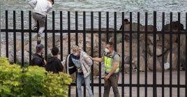 El joven marroquí falleció por un fuerte traumatismo craneal en el Hospital Universitario de Ceuta