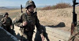 """Armenia denunció que """"mientras realizaban trabajos de ingeniería"""" seis miembros de su ejército fueron capturados por fuerzas azerbaiyanas."""