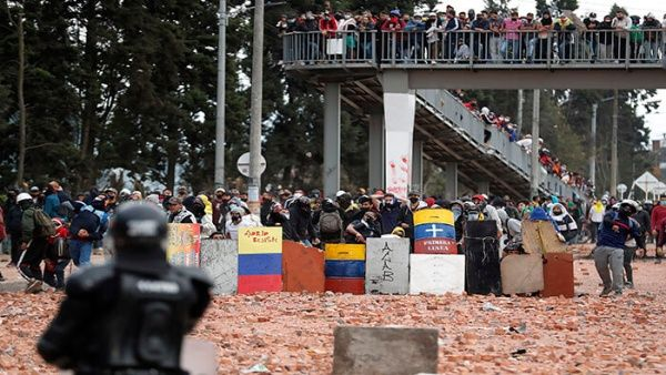 Según Indepaz en el marco de las manifestaciones se han registrado al menos 60 muertos como consecuencia de la represión a los manifestantes.