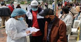 Según el Ministerio de Salud colombiano, el país acumula 3.488.046 casos mientras que 90.353 personas han fallecido a causa de la Covid-19.