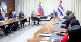 El viceprimer ministro cubano, Ricardo Cabrisas Ruiz también se reunió con el vicepresidente sectorial de Obras Públicas y Servicios, Nestor Reverol.