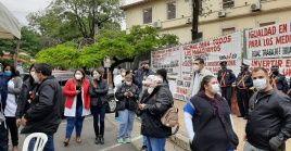 Los galenos demandaron cumplir conla jornada laboral de 12 horas y celeridad en la campaña de vacunación.