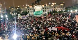"""""""Nos robaron todo menos la memoria"""", era una de las consignas exclamadas por los manifestantes."""