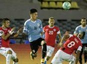 La estadística le da favoritismo al equipo uruguayo, que en su historial frente a Chile adelanta con 19 triunfos.