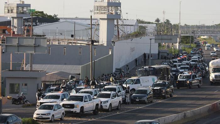 Riña en penal mexicano deja al menos seis reos muertos