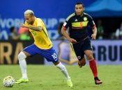 Los comandados por Tite, no presentan mayor novedad es su plantilla, en el duelo ante Colombia debutaría el portero Ederson bajo los tres palos.