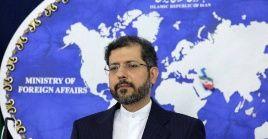 El vocero de la Cancillería de Irán, Saeed Khatibzadeh, señaló la hipocresía de Washington en su defensa de la libertad de expresión mientras bloquea estos sitios.