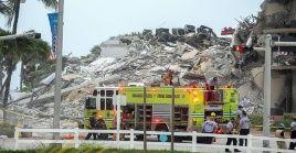 El derrumbe ocurrió en horas de la madrugada de este jueves y continúan las labores de rescate por parte de las autoridades.