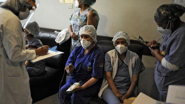 El presidente boliviano llamó a los bolivianos a vacunarse y continuar cumpliendo las medidas de bioseguridad para evitar la propagación del coronavirus.
